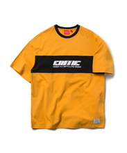 CRITIC COLOR BLOCK TEE (MUSTARD)_CTOEURS10UY2